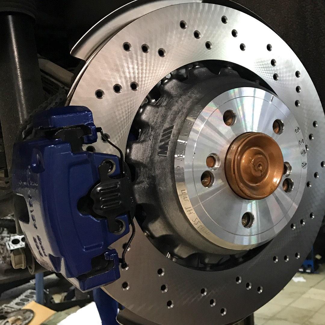Замена тормозных дисков БМВ